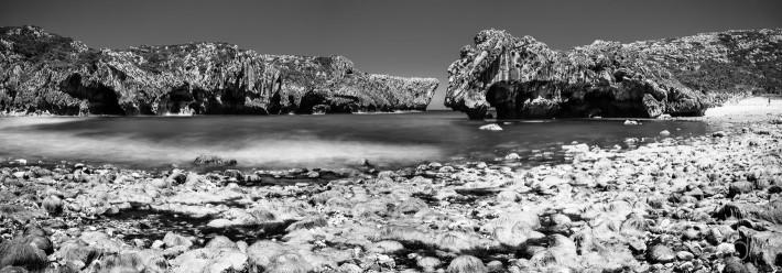 Cuevas del Mar Beach